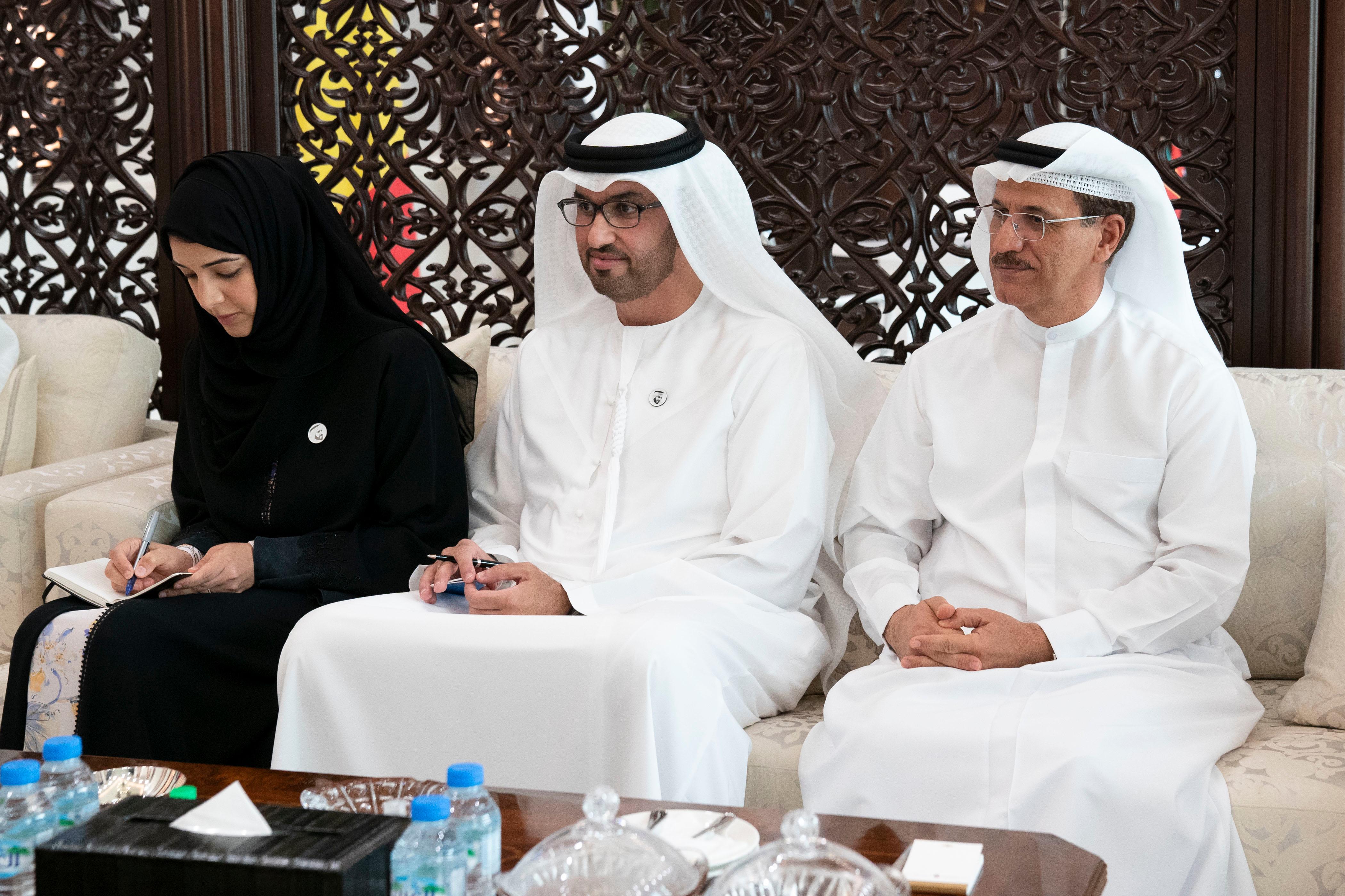 محمد بن زايد يشهد توقيع عدد من الاتفاقيات ومذكرات التفاهم ...